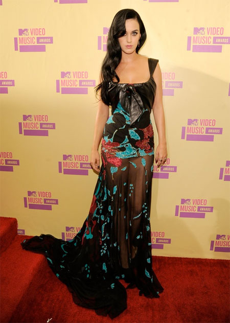 Katy Perry toned it down with this gorgeous, sheer Elie Saab gown.