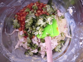 recipe-baked-beans-chicken-broccoli-muffins-1